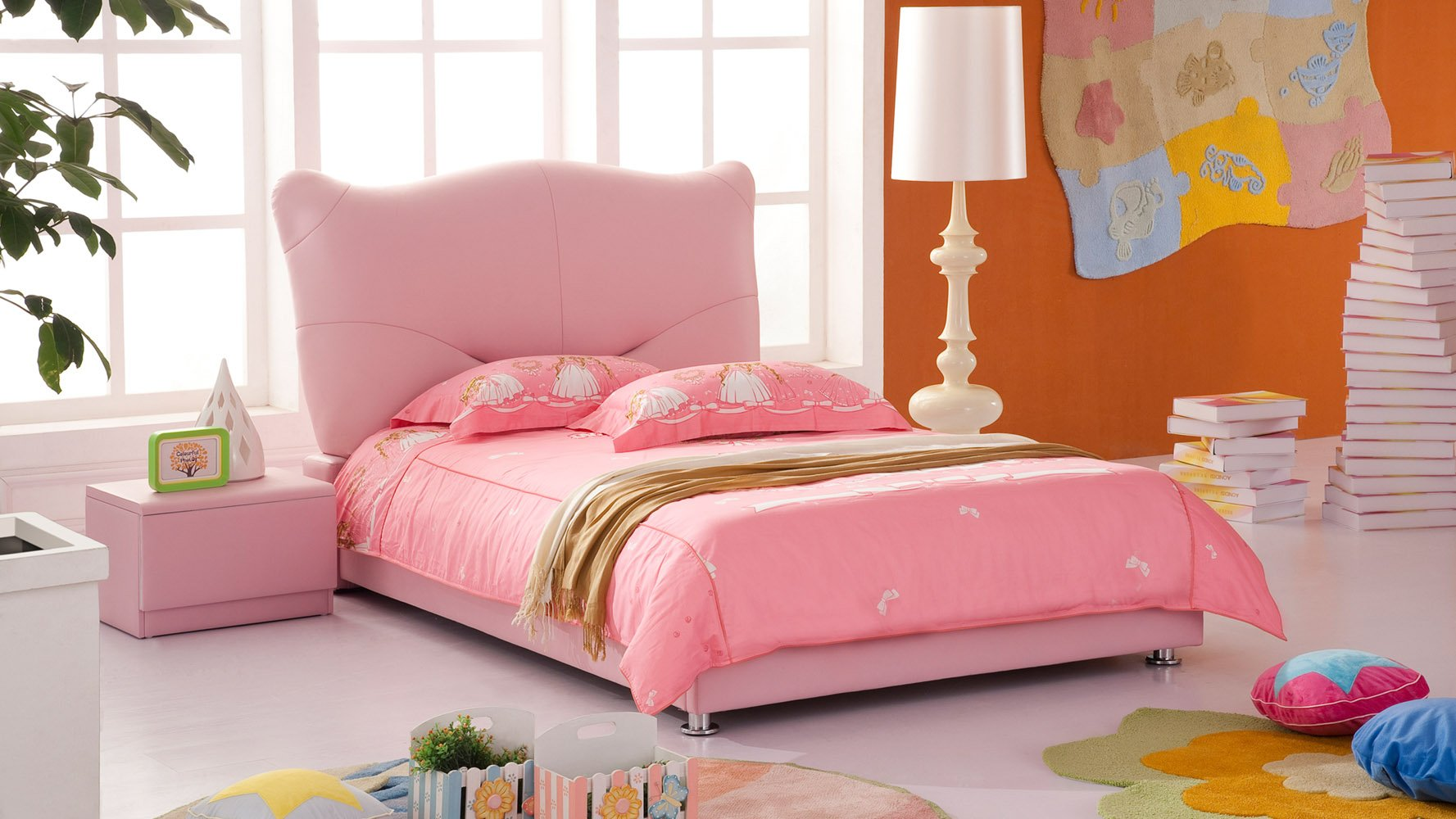 Pink Leather Kitty Kids Bed Zuri Furniture