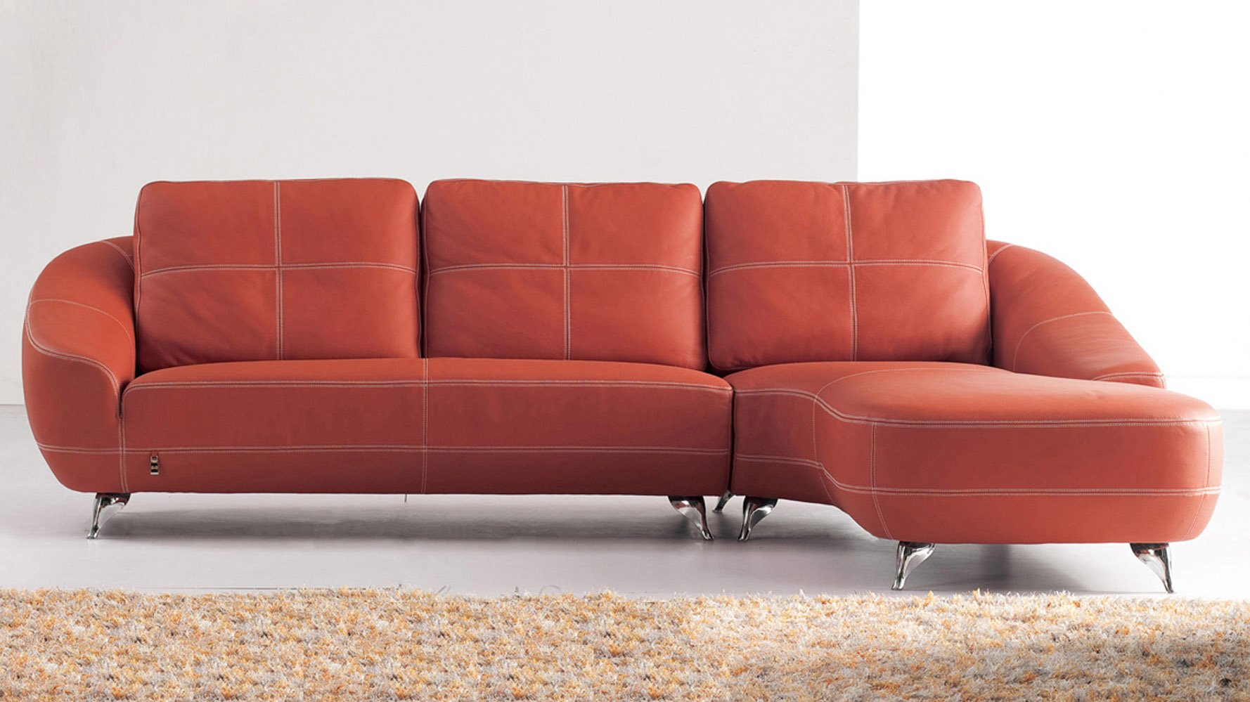 Superior Lucy Sectional Set
