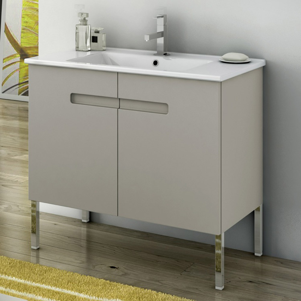 Modern 32 Inch New York Vanity Set With Ceramic Sink