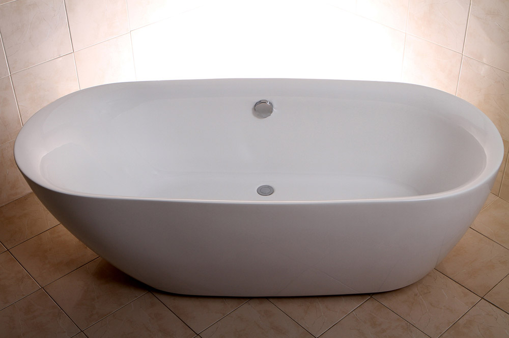 Modern White Keon Double Ended Freestanding Bathtub Zuri Furniture