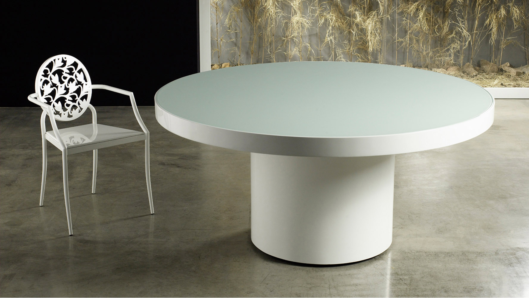 100 Contemporary Dining Table Lacquered Glass