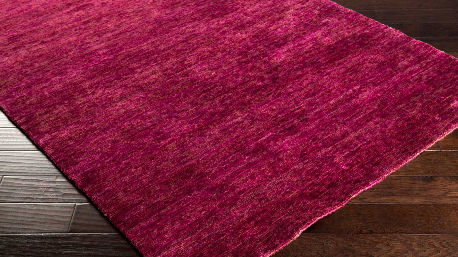 How To Pick Out An Area Rug Hand Knotted Crusoe Area Rug Magenta Zuri Furniture