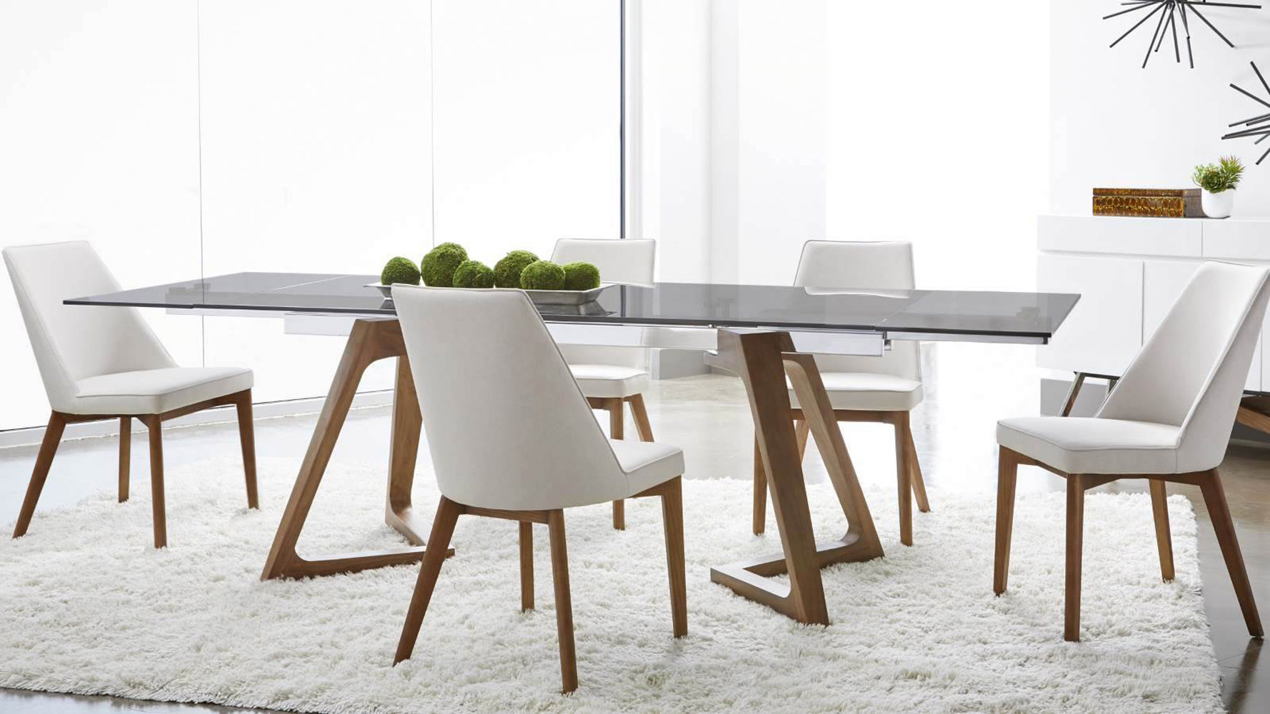 Noyer Extension Dining Table