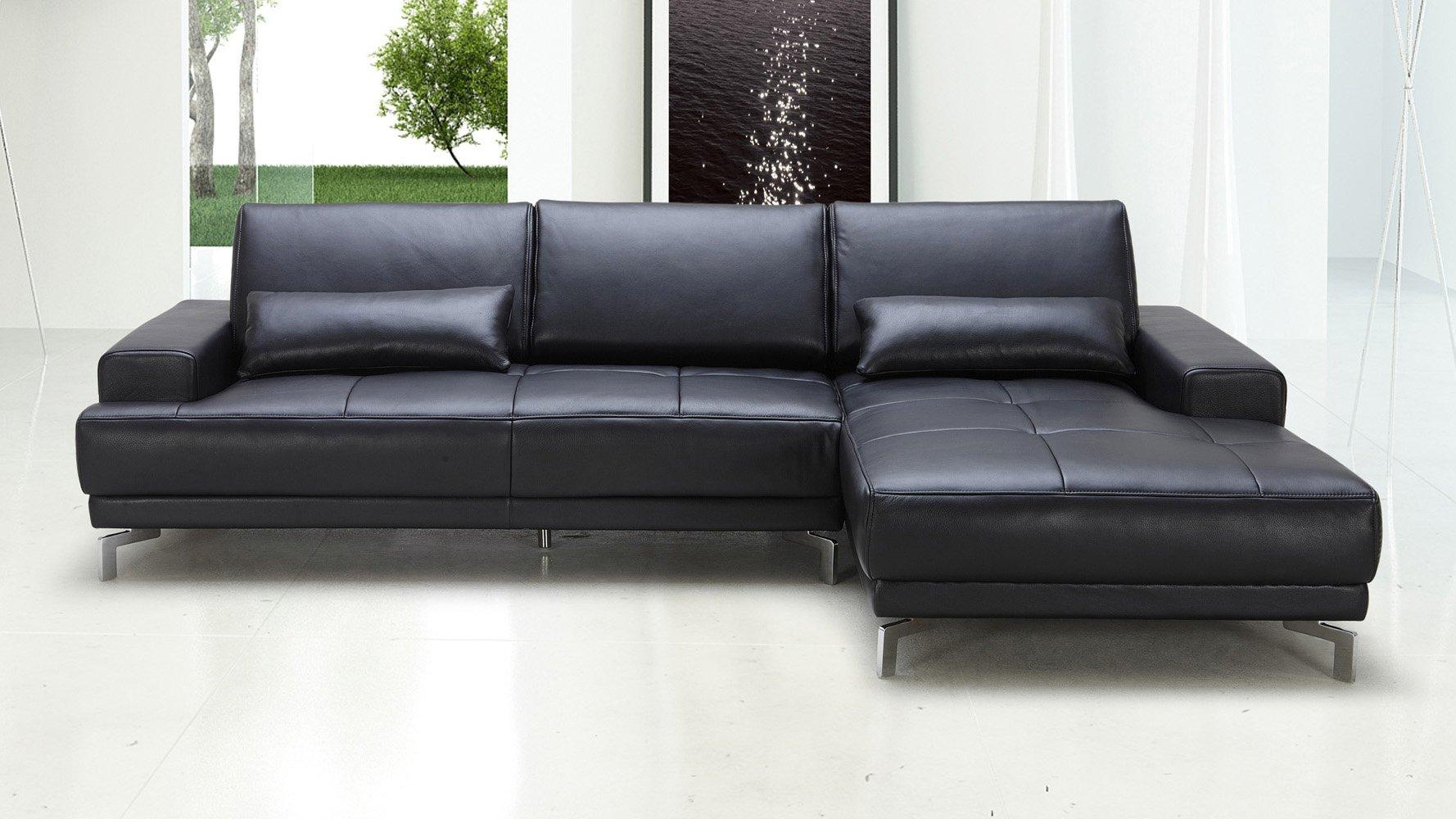 Black Rocco Sectional Sofa | Zuri Furniture