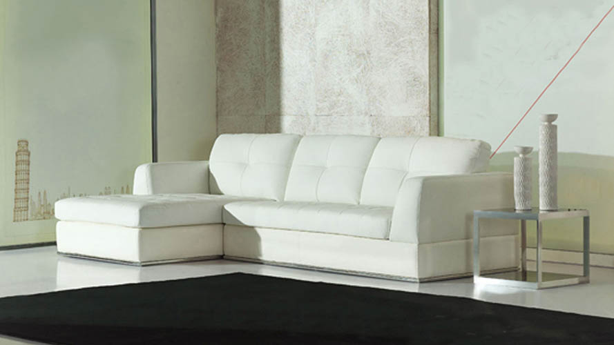 White Leather Kiley Sectional Sofa Zuri Furniture